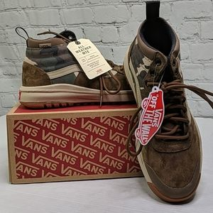 NWT Vans Ultrarange high top camo sneakers